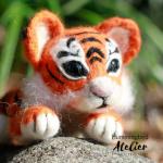 Needle felt Tiger