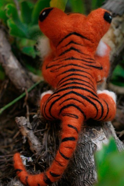 Needle felted tiger Back